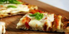 طريقة عمل بيتزا المارجريتا المشوية تعرفي عليها بالتفصيل