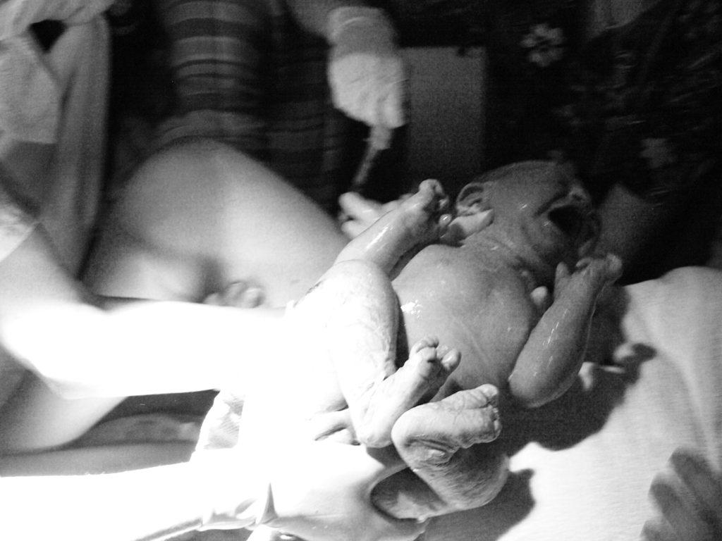 كيفية الولادة الطبيعية بالصور الحقيقية