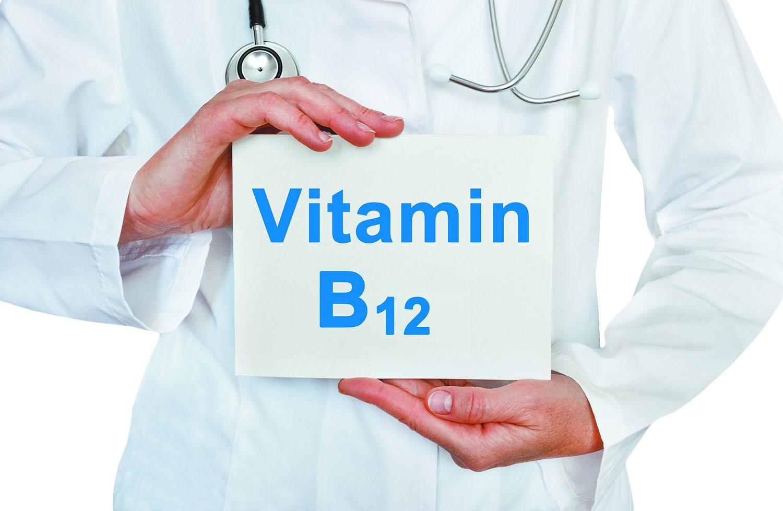 اضرار نقص فيتامين ب12