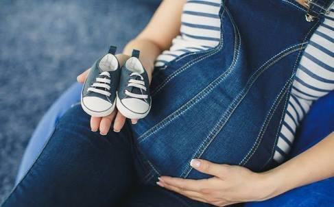 علامات الحمل الأكيدة قبل الدورة بيومين