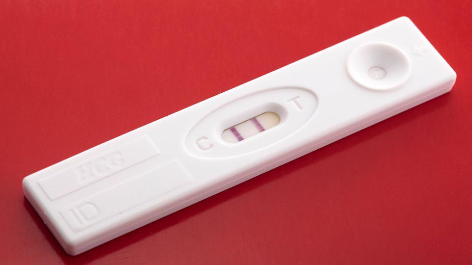 معرفة الحمل قبل الدورة بيومين أو يوم